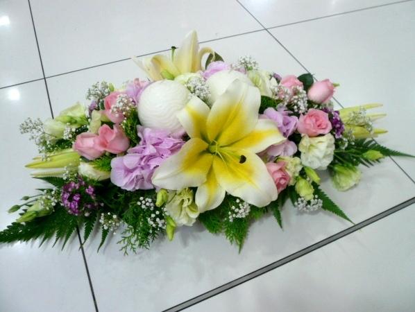 Цветы новогодний букет на стол рязань юбилей свадьбы букет